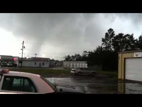 2012Aug29 Tornado during Isaac in Pascagoula Mississippi