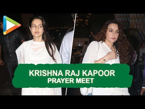 Late Krishna Raj Kapoor's Prayer Meet   Amitabh Bachchan, Rekha, Madhuri Dixit & others   Part 4