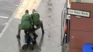 Polizeieinsatz in Berlin - Immer Ärger mit dem Feuerzeug