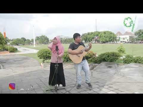 Hujan Kemarin (Taxi Band) Cover by Ika Marsya ft Clovercoustic