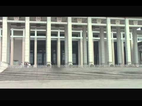 Tour the National Museum of China