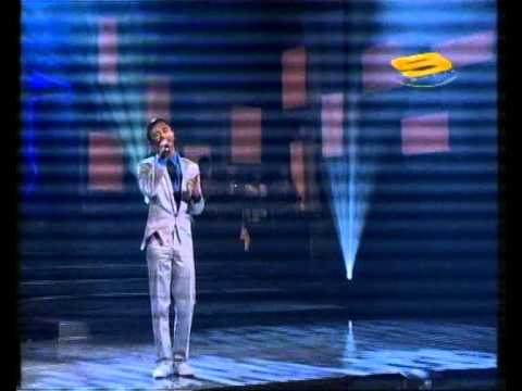 Eiss @ Iskandar Ismail.Adakah Mungkin..Muzika Extravaganza 2010