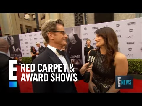 Will idina menzel return for frozen 2 e live from the red carpet youtube - Watch e red carpet online ...