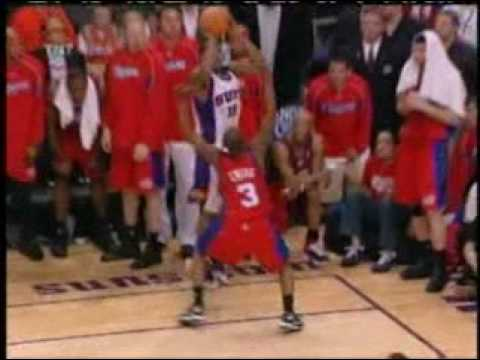 Raja Bell - Game tying 3 - 2006 NBA Playoffs - Suns vs. Clippers