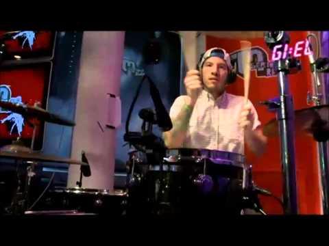 Twenty One Pilots on Giel3FM Live:Guns for Hands, August 28, 2013