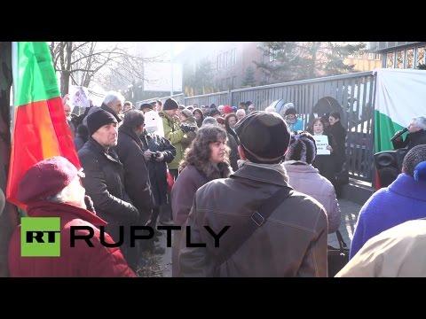 Bulgaria: Protesters slam political censorship outside Bulgarian National Radio in Sofia