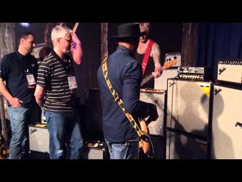 NAMM 2014 - Marcus Miller & Fender Rumble 500