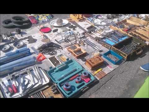 Блошиный рынок и антикварные магазины в Костроме и наши покупки. Кострома