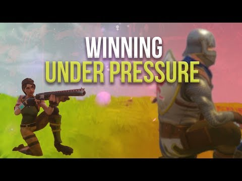 WINNING UNDER PRESSURE! Solo vs Squad (Fortnite)