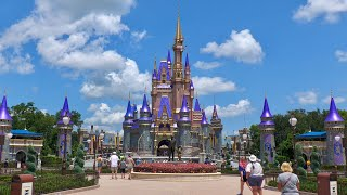 Relaxing Walk Around Magic Kingdom in 4K | Walt Disney World Resort Orlando Florida August 2020