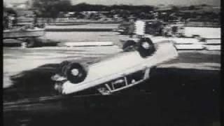 Historischer Werbefilm Mercedes Benz Crashsicherheit 1950er Jahre S/W