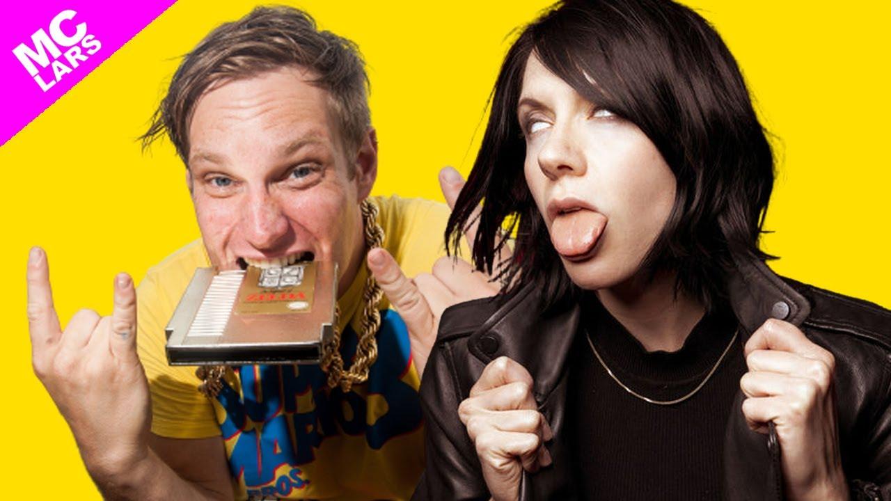 MC Lars k Flay dating