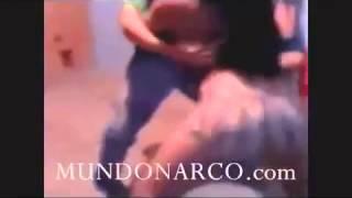 Repeat youtube video Video de la muñequita del narco