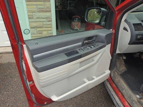 Remove The Door Panel Dodge Caravan / Volkswagen Routan 08 to Present