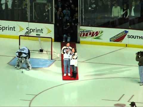 Predators vs Sharks Game 2 - Vince Gill and Amy Grant sing the National Anthem