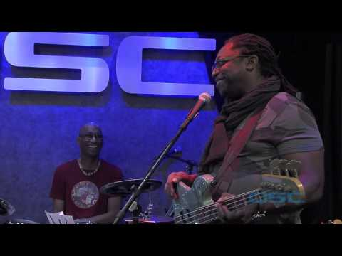 NAMM 2015 Darryl Jones on Using QSC