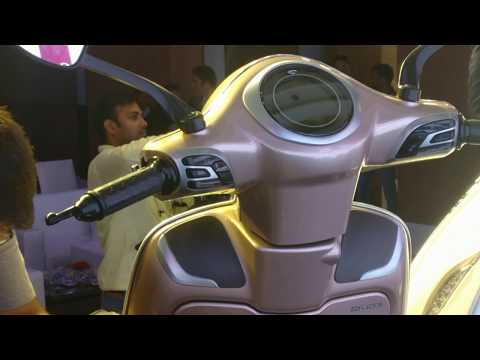 bajaj-chetak-electric-scooter- -details-revealed- -approximate-price-&-features