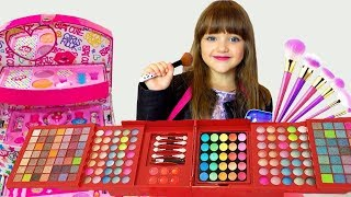 Ksysha VS Ksenia play with makeup for girls and Dress