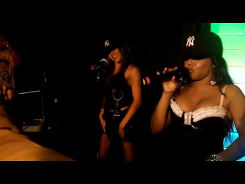 Lil' Kim - Empire State of Mind / Put Your lighters Up Live 7/13/10