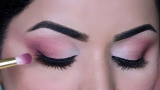 How to Apply and Blend Eyeshadow Like A Pro | Step-By-Step for Beginners