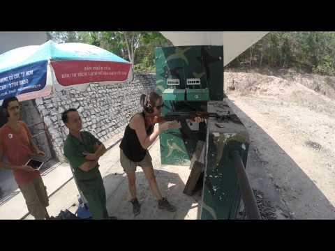 Bắn súng ở địa đạo Củ Chi - gun shot experience in Cu Chi tunnel