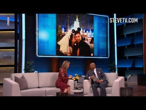 Lori Loughlin Reveals 'Fuller House' Costar John Stamos' Hidden Talent
