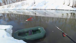 ЗАКИНУЛ УДОЧКУ В РЕКУ...НАТАСКАЛ КРУПНЯК! Поплавок. Весенняя рыбалка на карася 2021