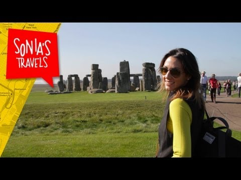 Travel London: Day Trip to Stonehenge