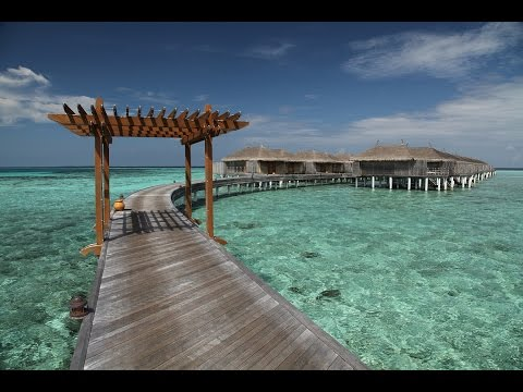 Tour of a Senior Water Villa at the Constance Moofushi in the Maldives