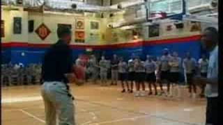 Barack Obama drains 3-point jumper on first try in Kuwait thumbnail