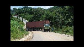 Video Truck kontainer ga kuat Nanjak,mundur lagi kebawah,Tanjakan Wadon,Bandung Barat download MP3, 3GP, MP4, WEBM, AVI, FLV Oktober 2018