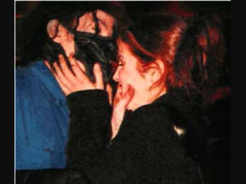 """Lisa Marie Presley reveals Michael Jackson would """"screech and sing"""" while ..."""