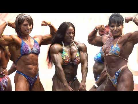 2019 IFBB Toronto Pro Bodybuilding Championships - Women's Bodybuilding Posedown