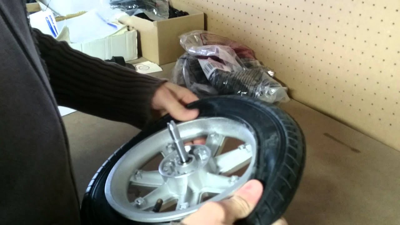 montage chambre air et pneu de poussette