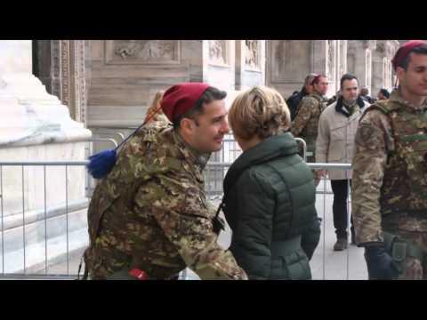 Immagini: Milano, Misure Di Sicurezza Rafforzate Nel Centro Città