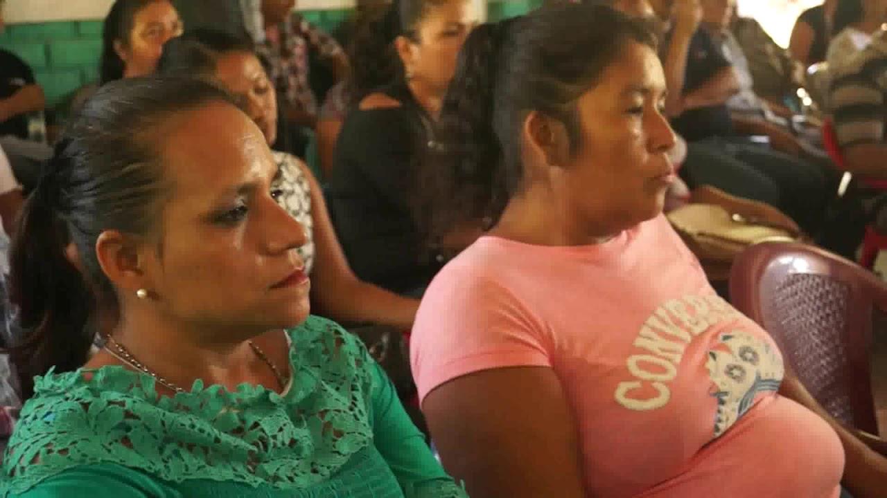 Comunidades de San Vicente entregaron a autoridades planes de desarrollo.