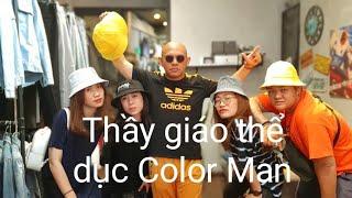 Ngại mặc đồ thể thao nhưng Color Man không còn lựa chọn nào khác ???