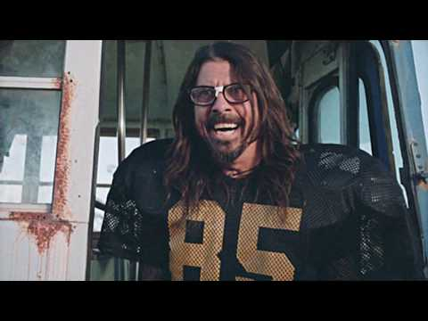Theresa - Foo Fighters Teased Their Pre-Super Bowl Concert With A Hilarious Football