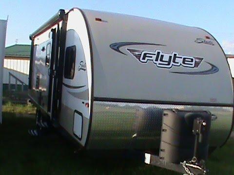 2014 SHASTA FLYTE 265DB FIBERGLASS TRAVEL TRAILER RV
