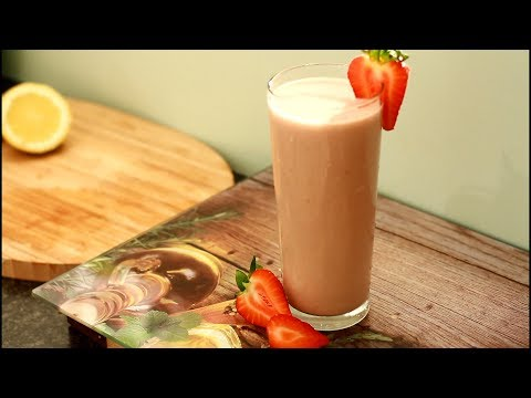 Ripe banana with strawberry honey smoothie Best In The World !!