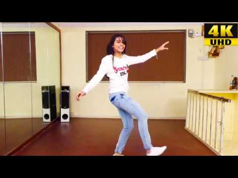 Golmaal Title Track (Video) | Ajay Devgn|...