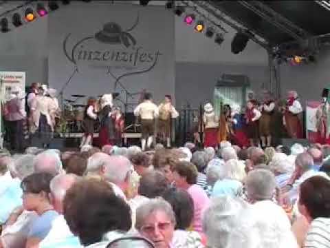 Welsh Folk Dancing - Dawns Flodau Nantgarw & Ceiliog y Rhedyn