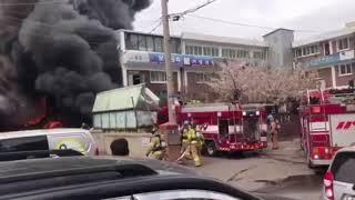 인천 가좌동 화학공장 화재 현장…소방차도 불탔다