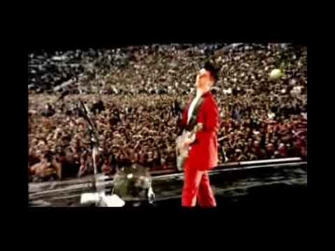 Muse  Knights Of Cydonia:  At Wembley Stadium 2007