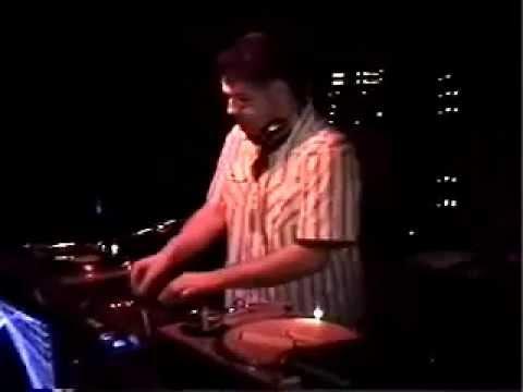 DJ Skott @  Mixed Emotions 2.7.04 (Club Freedom Tempe, AZ)