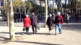 Испания. Барселона шопинг. Магазины Барселоны.(В этом видео я познакомлю вас с еще одним торговым центром в Барселоне, кому это интересно оставайтесь со..., 2013-11-30T05:59:43.000Z)