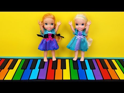 Musical play place ! Elsa and Anna toddlers - singing - playdate - LOL dolls - drums - piano - music