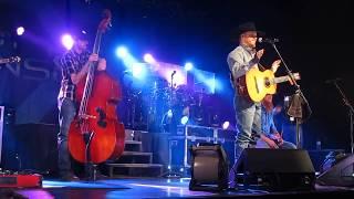 Cody Johnson Covers Garth, King George, Waylon/Willie, George Jones, Johnny Cash, Chris LeDoux