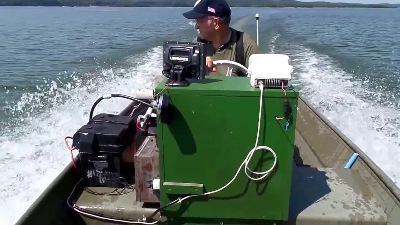 15 39 Jon Boat With 28 Hp 2 Stroke Outboard Motor Youtube