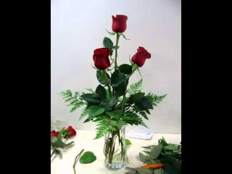 How To Arrange A Half Dozen Roses In Vase Youtube